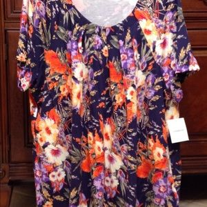 Craft & Barrow short sleeve floral womens pullover